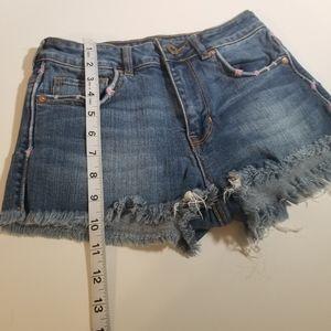🕶️ Bullhead denim shorts size 3